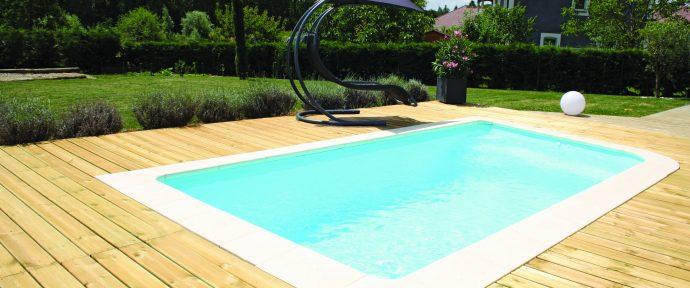Trouver l'emplacement idéal pour sa piscine : les critères à prendre en compte