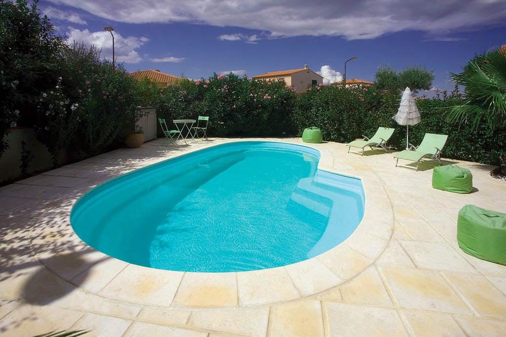 piscine coque forme libre azura2 image2