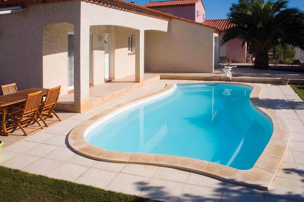 piscine coque forme libre moorea2 image1