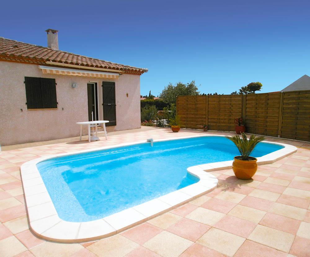 piscine coque forme libre palma1 image1