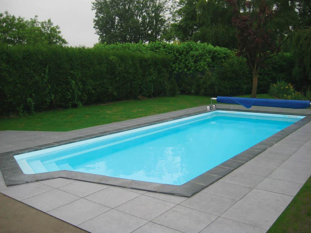 piscine coque rectangulaire california3 image1