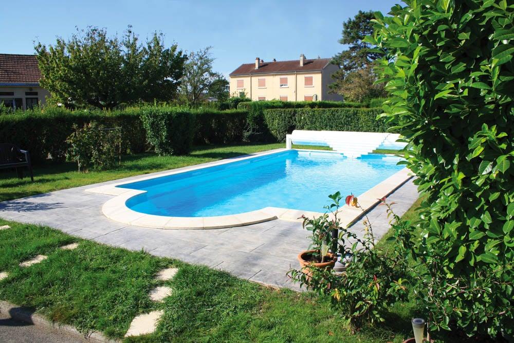piscine coque rectangulaire caraiba1 image1