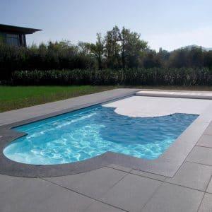 piscine coque rectangulaire caraiba4 couverture