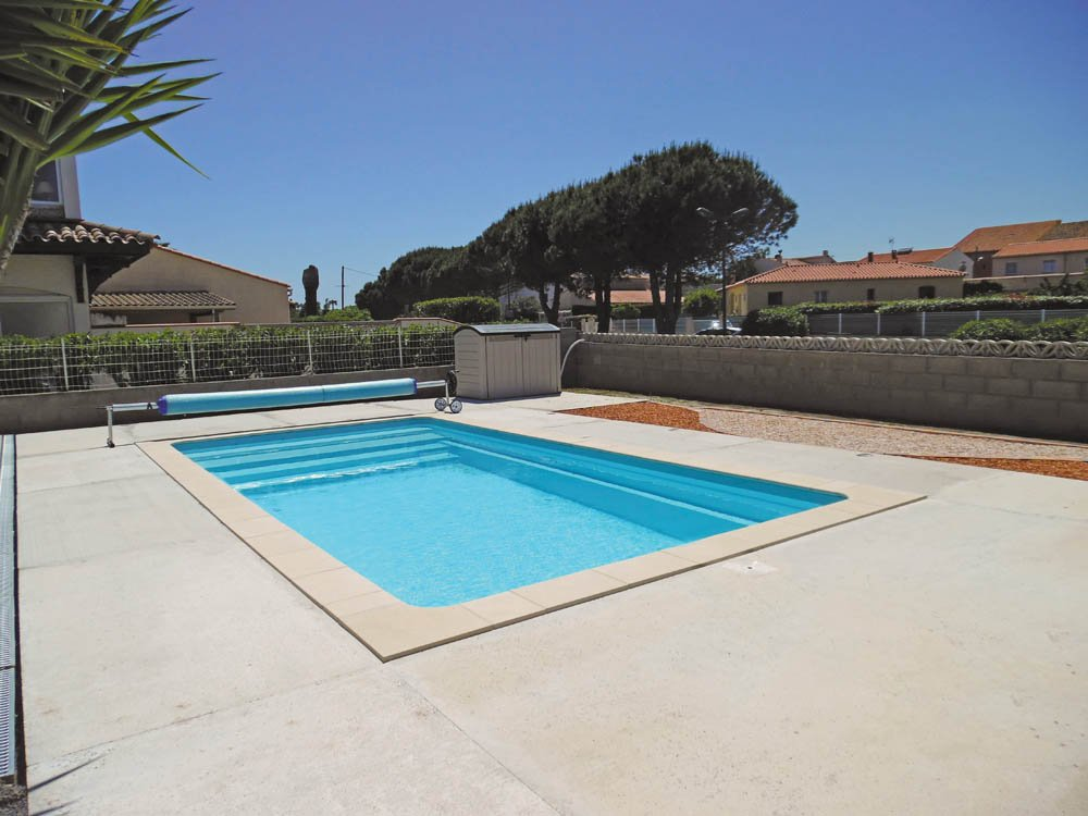 piscine coque rectangulaire florida2 image1