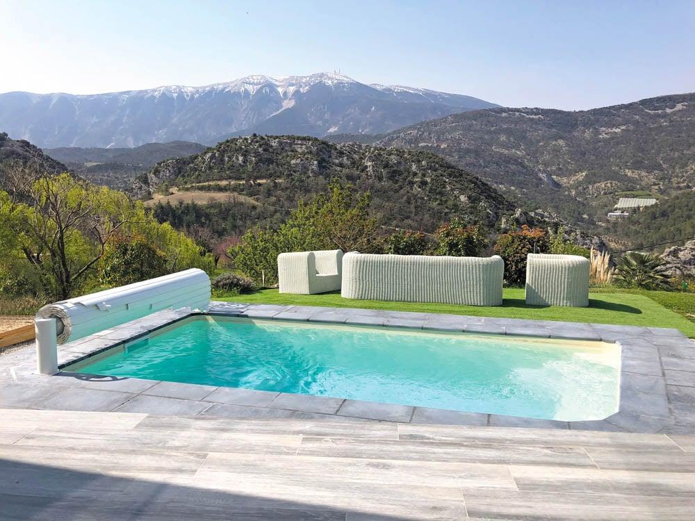 piscine coque rectangulaire riviera1 image1