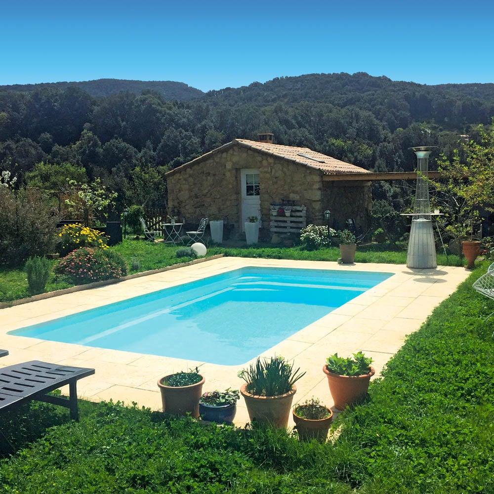 piscine coque rectangulaire riviera1 image2