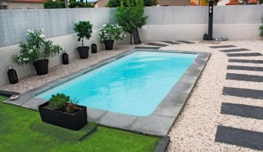 Piscine Coque Polyester Forme Rectangulaire 6x3 A Fond Plat