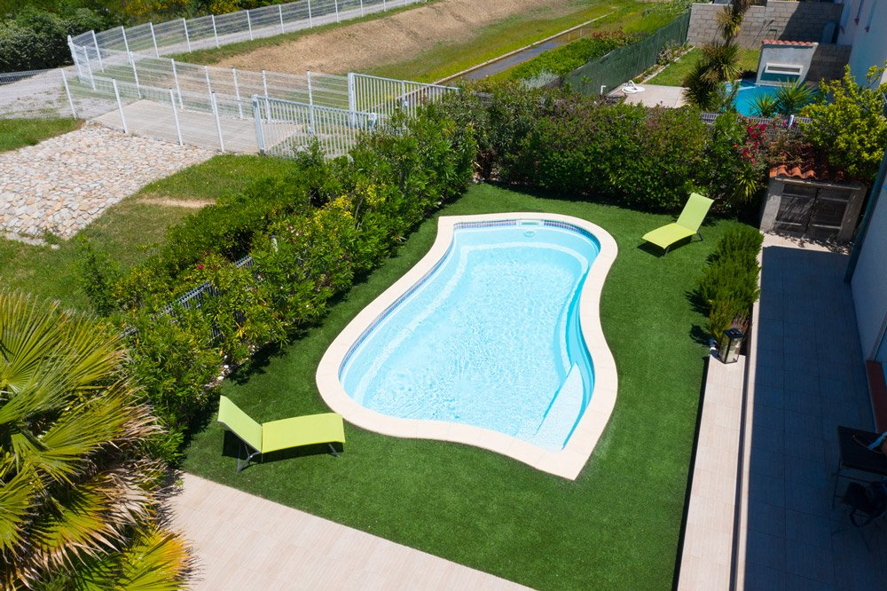 piscine distance securite