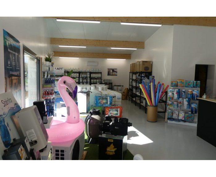 photo intérieur magasin labaume piscines f