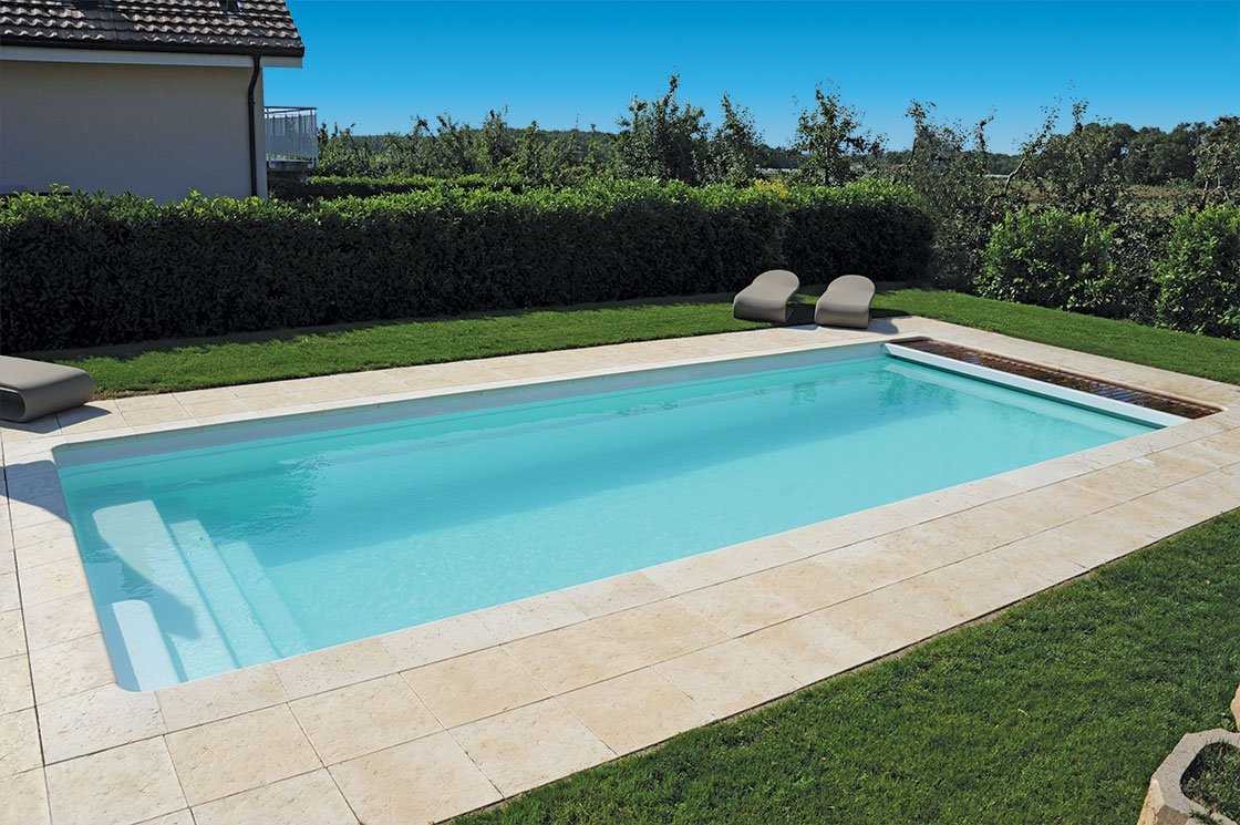 Piscine forme rectangulaire