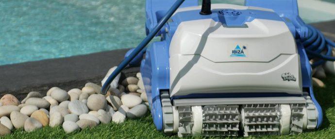 Accessoires indispensables pour l'entretien et le nettoyage de votre piscine
