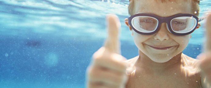 Piscine coque ou piscine béton ? Que choisir ?