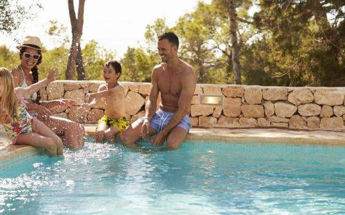 Dix bonnes raisons de financer sa piscine à crédit
